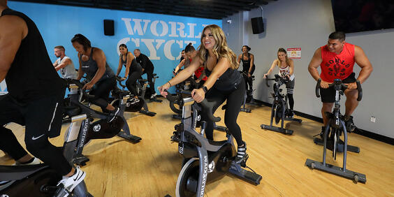 World Gym cycle class